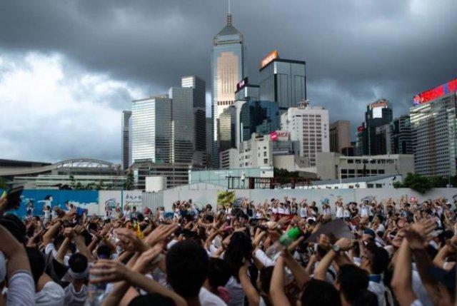 Власти Гонконга объявили о мерах экономической поддержки населения на $2,5 млрд