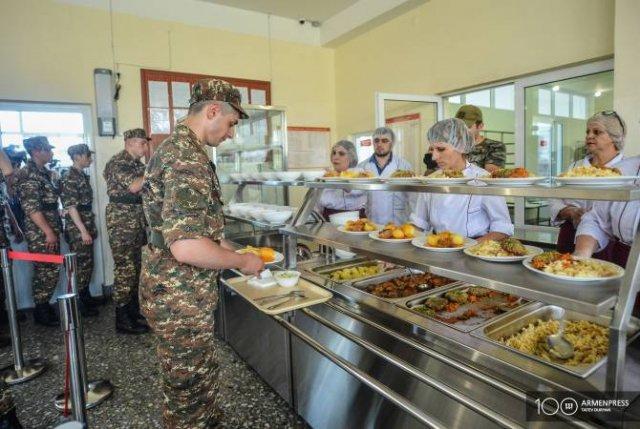 Еще одна воинская часть перешла на новую систему питания