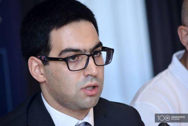 Проект о пенсиях судей КС обусловлен сложившейся ситуацией — Бадасян