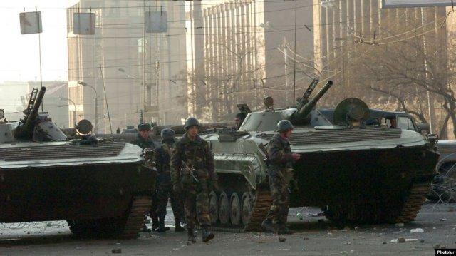 Бывший глава военной разведки: Ситуация на границе была напряженной, но в Ереван перебрасывали войска