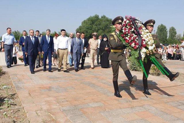 Участники мероприятия к 192-летию Ошаканской битвы почтили память армянских и русских мучеников