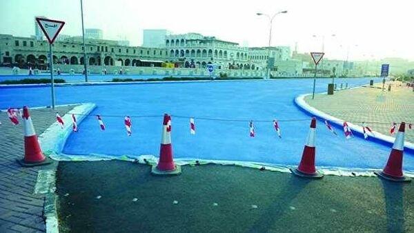 В Катаре объяснили, зачем красят дороги в голубой цвет