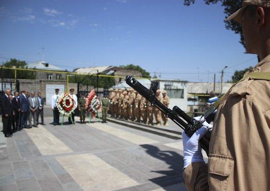 В Армении прошел митинг у мемориального комплекса «Холм Чести»