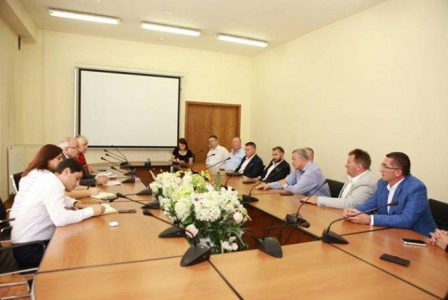 Ваче Тертерян принял делегацию Союза общин Республики Хорватия