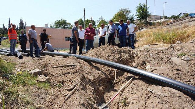 Бако Саакян ознакомился с работами по восстановлению естественного водоснабжения Степанакерта