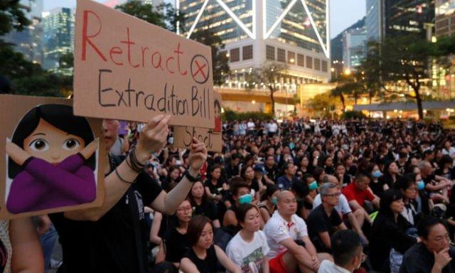 Власти Гонконга хотят отозвать законопроект об экстрадиции в Китай