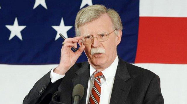 После отставки Болтона в США упали цены на нефть