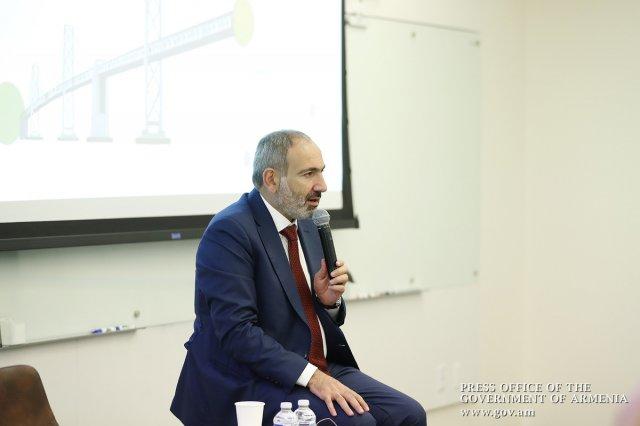 Н. Пашинян: Любое решение карабахского конфликта должно быть приемлемым для населения Армении, Арцаха и Азербайджана