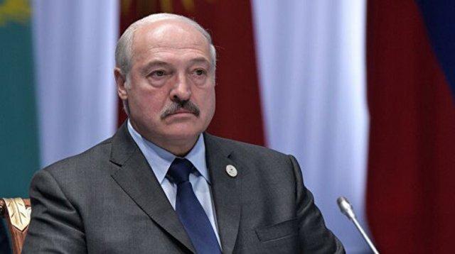 Лукашенко оговорился, а потом пошутил про «Владимира Владимировича»