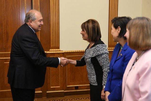 Президент Армении принял членов Конгресса США Джеки Спийер и Джуди Чу