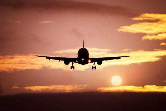 Глава МИД Грузии считает восстановление авиасообщения с Россией выгодным обеим странам
