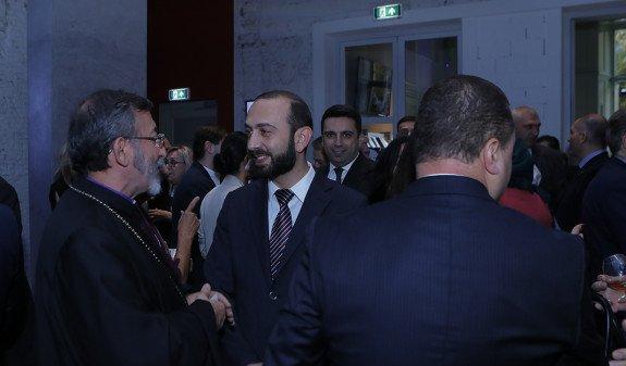 Делегация парламента во главе с Мирзояном посетила посольство Армении в Нидерландах