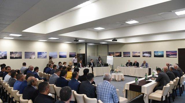 Бако Саакян: Горнодобывающая промышленность является одной из ветвей экономики, обеспечивающих динамическое развитие Арцаха