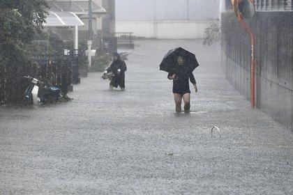Япония приготовилась к мощнейшему за последние 60 лет тайфуну