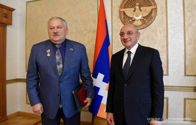 Президент Арцаха Бако Саакян встретился с Константином Затулиным