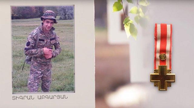 Погибшему в Апрельской войне танкисту Тиграну Абгаряну сегодня исполнилось бы 23 года