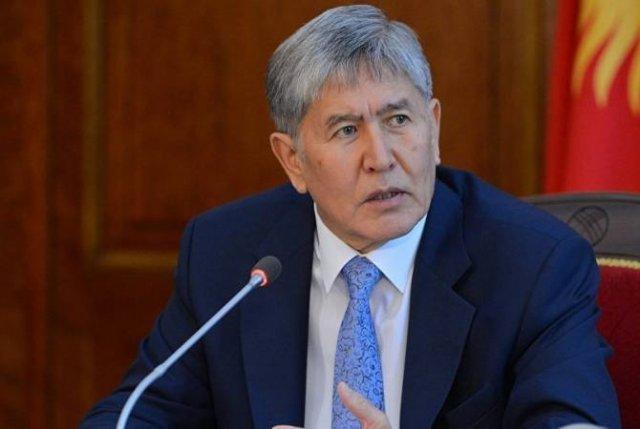 Атамбаева доставят принудительно в суд после попытки бойкотировать процесс