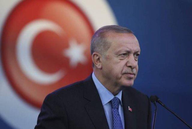 Эрдоган заявил, что не будет встречаться с Пенсом в Анкаре
