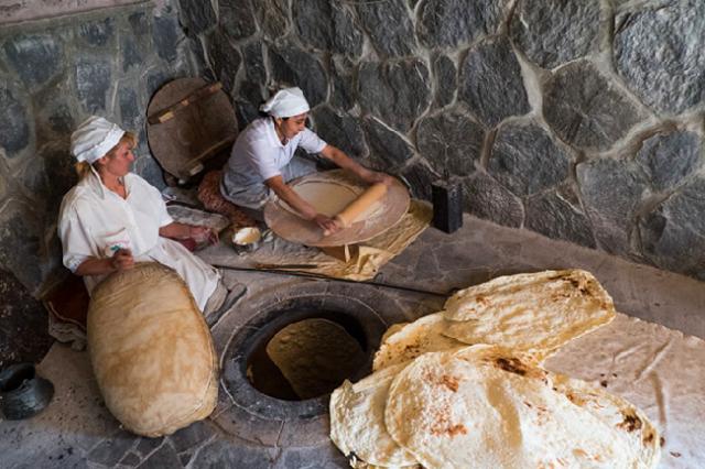 Армянский лаваш среди 50 лучших видов хлеба в мире: CNN