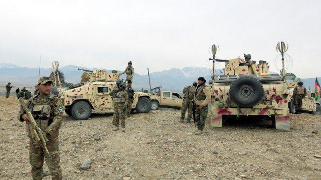 В результате взрывов в афганской мечети погибли 20 человек
