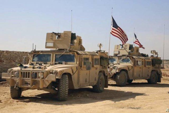США сохранят часть войск в деревнях около нефтяных полей в Сирии