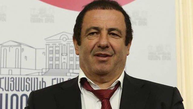 Гагик Царукян: Тайное повышение зарплат министрам в Армении – оскорбительно