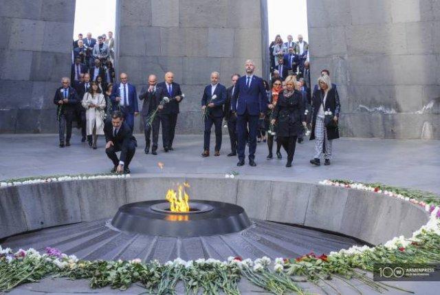 Делегация региона Франции Овернь-Рон-Альп почтила память жертв Геноцида армян