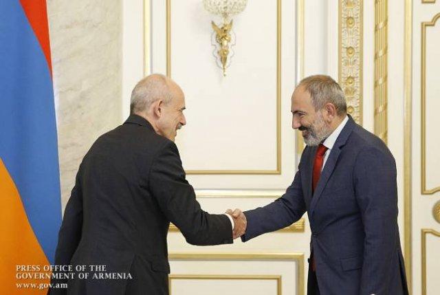 Германия продолжит содействовать преобразованиям в Армении — премьер РА принял посла ФРГ