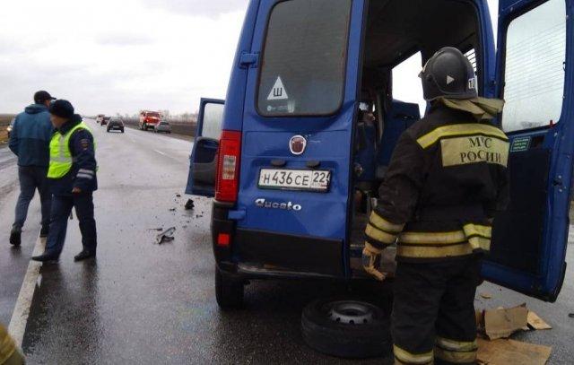 В Алтайском крае восемь человек погибли в ДТП с минивэном и микроавтобусом