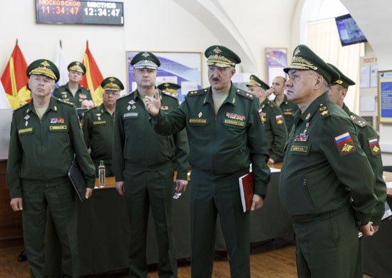 Шойгу проинспектировал российскую военную базу в Армении