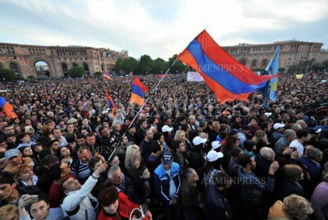Санджай Прадхан: Бархатная революция Армении - всеобщее вдохновение