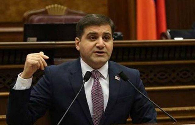 Арман Бабаджанян снова обратился к генпрокурору, причина – запись в фейсбуке
