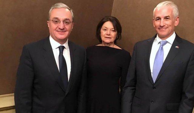 Глава МИД Армении принял заместителя генерального секретаря ООН