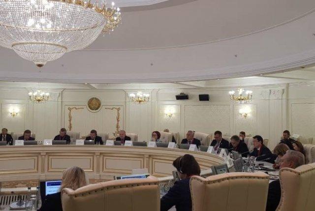 Артур Джавадян принял участие в конференции, посвященной 25-летию введения белорусской валюты