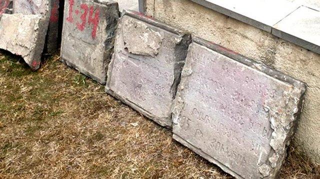 Надгробные плиты с надписями на армянском языке возвращены на свое законное место – армянский пантеон Ходживанка