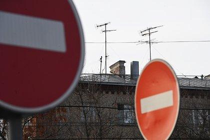 Российский подросток упал с крыши многоэтажного дома