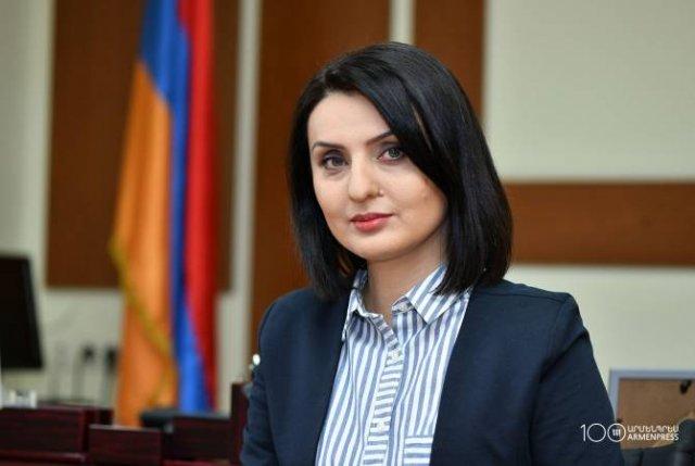 Заруи Батоян поздравила сотрудников с Днем социального работника
