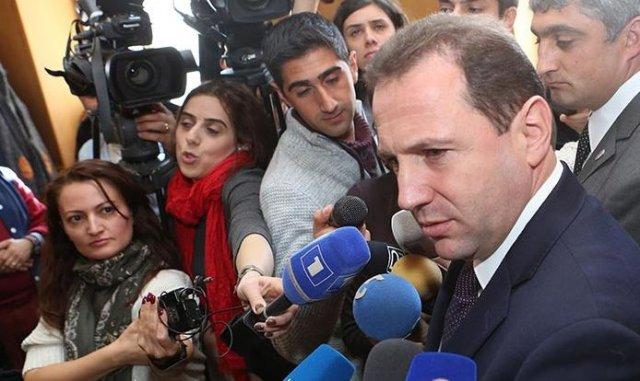 Давид Тоноян: В результате деятельности комиссии рассеются связанные с Апрельской войной толки