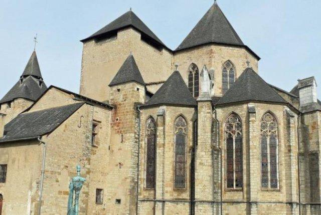 На юго-западе Франции ограблен собор из списка всемирного наследия ЮНЕСКО