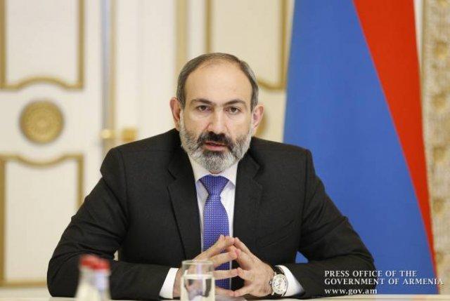 Пашинян коснулся обсуждений вокруг преподавания истории армянской церкви в школах