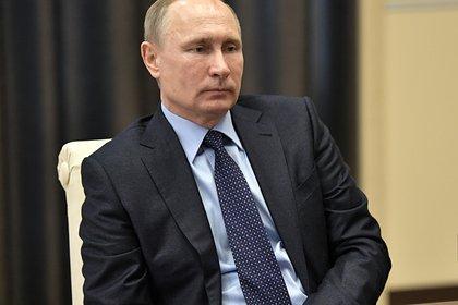 Путин уволил более десяти генералов