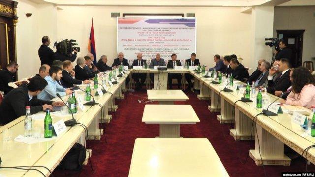 Посол РФ в Армении досадует на звучащую в адрес ОДКБ критику