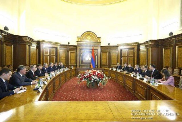Премьер-министр Армении принял руководителей делегаций Парламентской ассамблеи ОДКБ