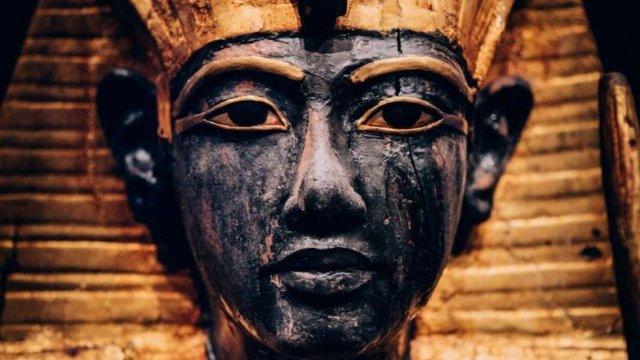 Турне сокровищ Тутанхамона добралось до Лондона