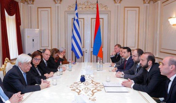 Президент Греции - спикеру НС Армении: Мы должны приложить усилия для расширения наших отношений