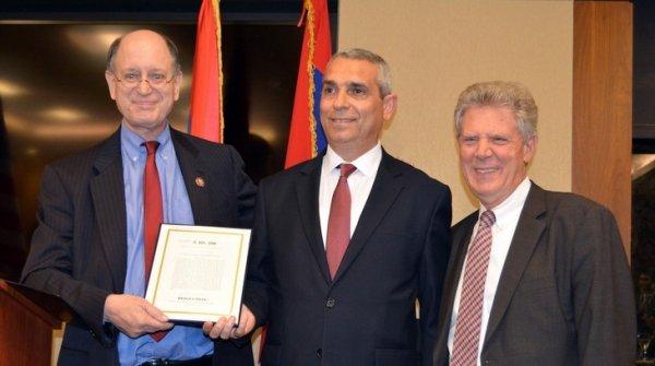 Конгрессмены США продолжат содействовать укреплению безопасности Арцаха и его международному признанию