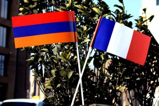 Делегация Гегаркуникской области проводит встречи с коллегами из французской области Изер