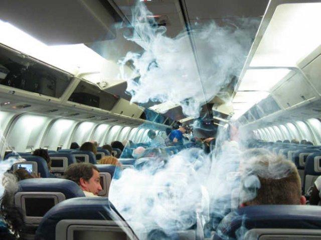 В калининградском аэропорту задержали гражданина Армении – закурил на борту