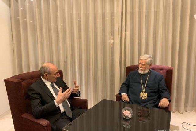 Бако Саакян встретился в Брюсселе с Католикосом Великого Дома Киликийского Арамом Первым