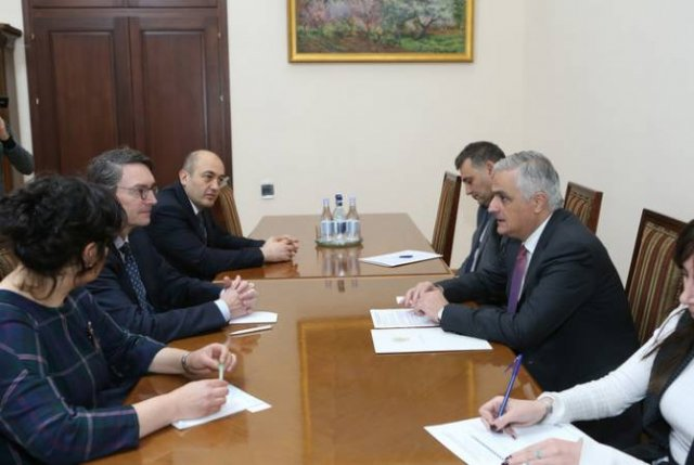 Вице-премьер Мгер Григорян принял регионального менеджера Международной финансовой корпорации